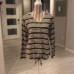 Simply Noelle Button Down Top NWT